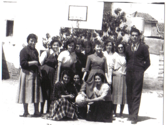 lAÑO 57 FEMENINO